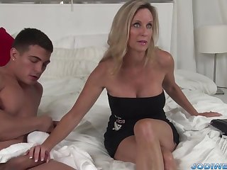 Provocative Loaded with Mommy Smooches Her Junior Trainer With Humungous Man Sausage