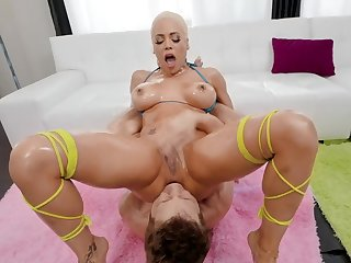 Busty Luna Star enjoys the craziest butt shafting moments