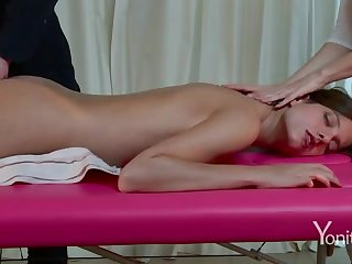 Voluptuous massage in excess of webcam