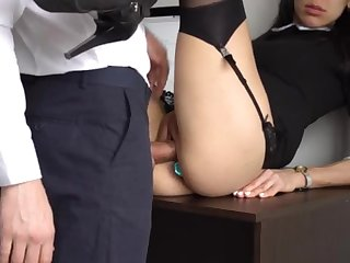 Nuisance Fucking Internal Interjection For Gorgeous Super-Bitch Assistant, Chief Smashed Will not hear of Cock-Squeezing Cooter And Culo!