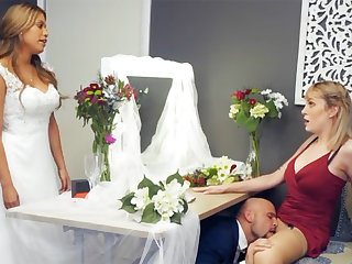 Bridesmaid unruffled down groom hard sex