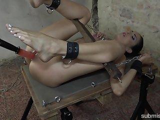 Gender machine busy BDSM for a naked amateur slave
