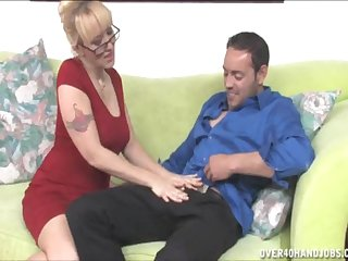 Afternoon dick pleasuring by attractive blonde wife Alana Evans
