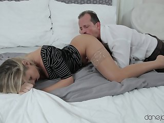 Wonderful scenes a difficulty old guy deep fucks his step daughter