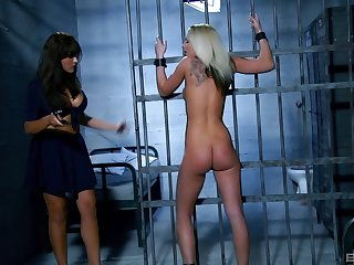 Lesbian sex adjacent to the oubliette between naughty Kitty together with Valery Summer