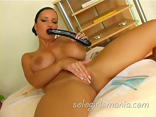 Sexy Babe Huge Unsophisticated Soul Fucking Insidious Dildo